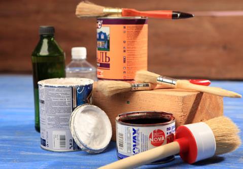 Какой краской лучше покрасить деревянный дом снаружи