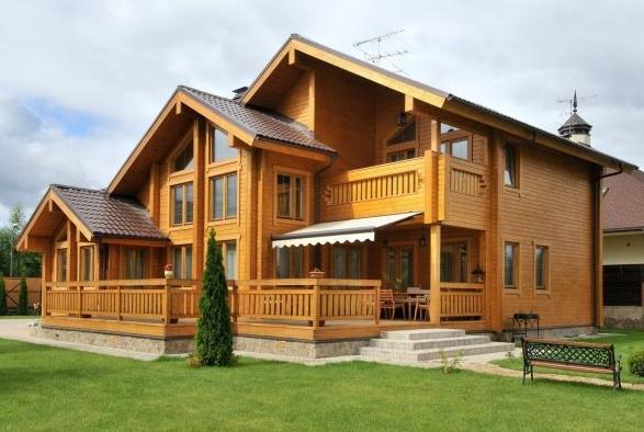 Интерьер домов и коттеджей из бруса